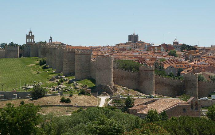 que ver y hacer en Ávila