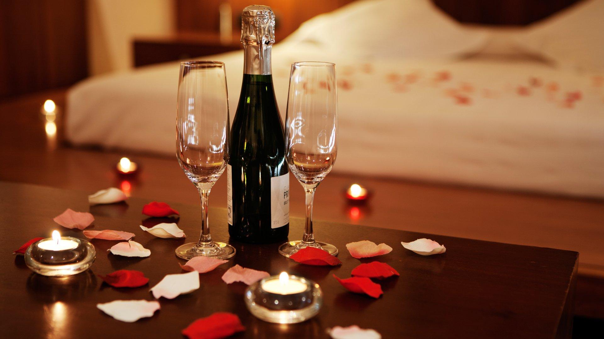 10 destinos para celebrar san valent n en castilla y le n - Cena romantica con velas ...