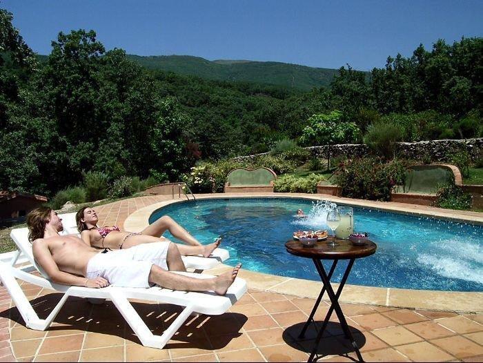 lleg el calor alojamientos rurales con piscina en vila