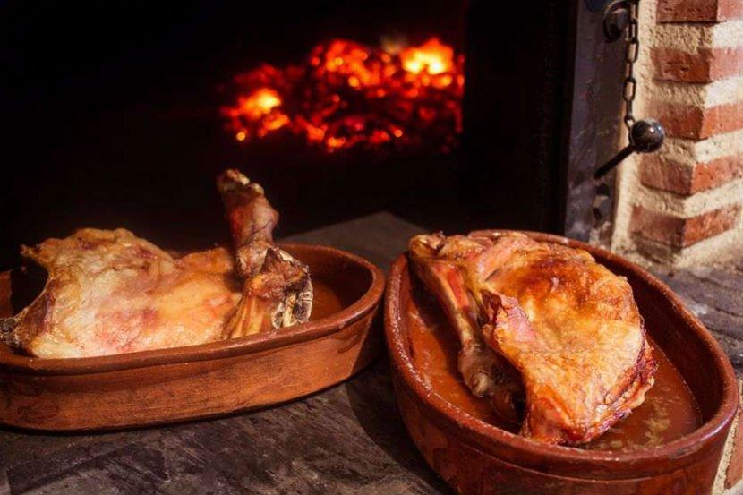 Horno Segoviano asados en horno de leña