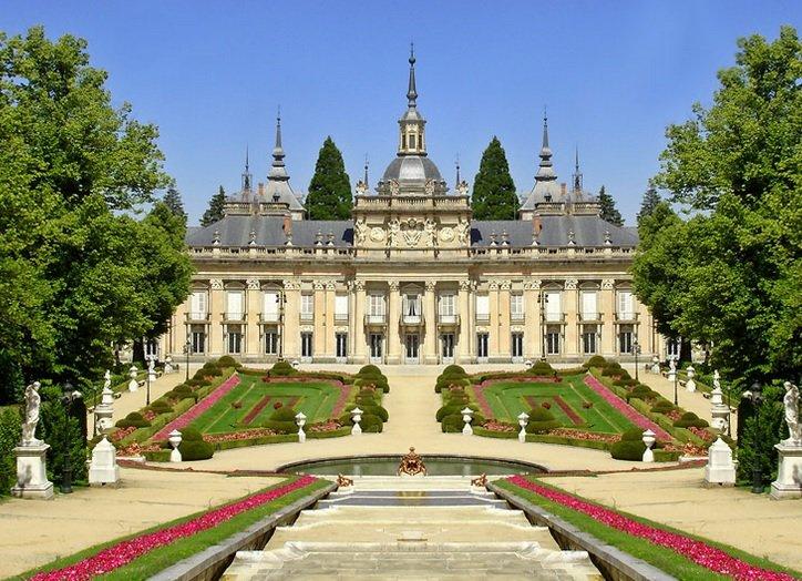 Resultat d'imatges de Palacio Real de la Granja segovia