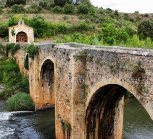 Puente en Pesquera de Ebro
