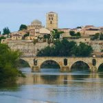 Puente sobre el río Duero