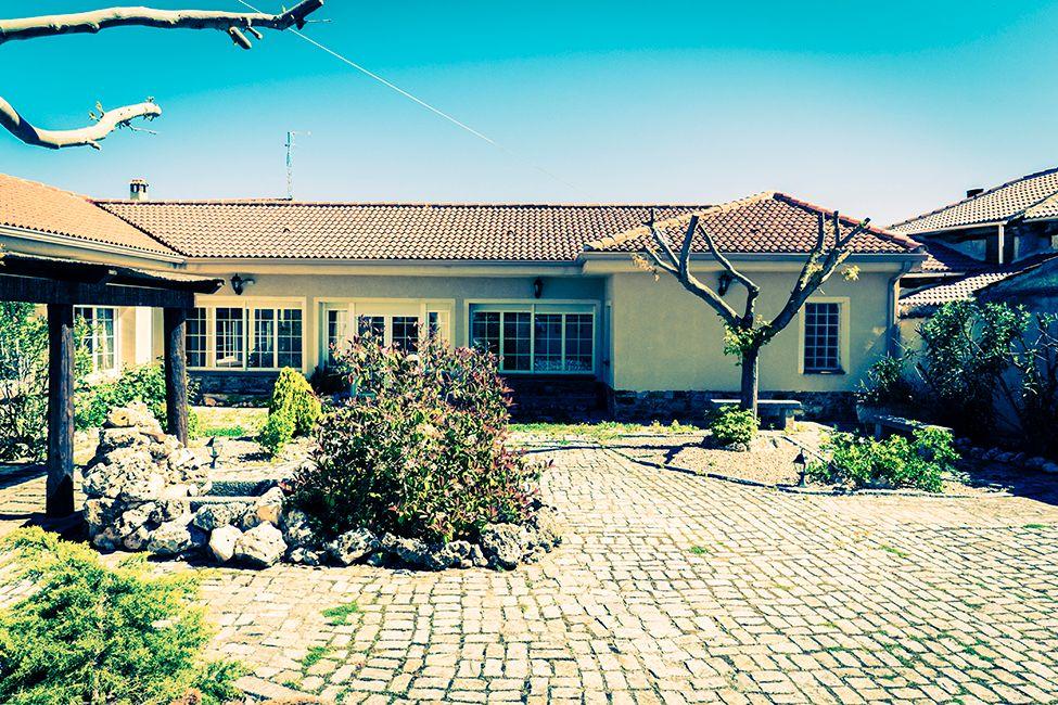 la casa de solaz fachadas casas rurales en segovia