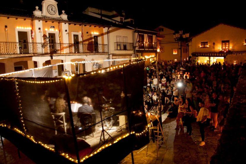 Noche de Agua y Fuego en Fuentidueña, planes en Castilla y León